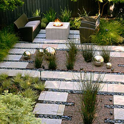 15 Small Backyard Designs Efficiently Using Small Spac
