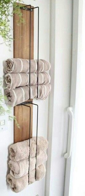 DIY Towel Holder made with wood pallet and wire | Towel holder diy .