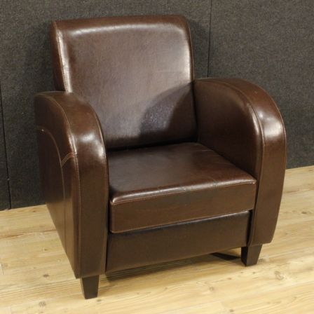 1100€ English leather armchair. English armchair from the 80s .