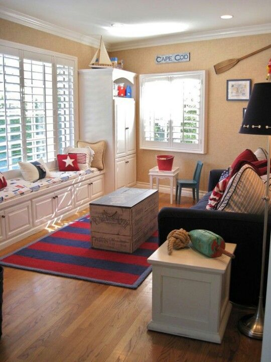 Playroom/guest room idea with sofa bed | Family ro