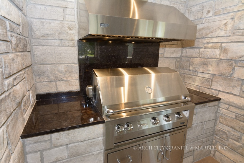 Granite Countertops for Outdoor Kitchens in St. Lou