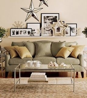 love the shelve above the sofa and the way it's decorated. | Home .