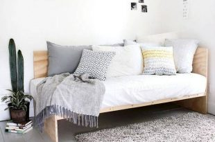 Bed Ideas For Small Rooms Or Small Spaces   Diy daybed, Home decor .