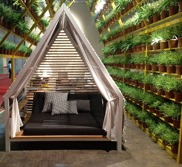 25 DIY Outdoor Bed Ideas, Summer Decorating with Spa Beds .