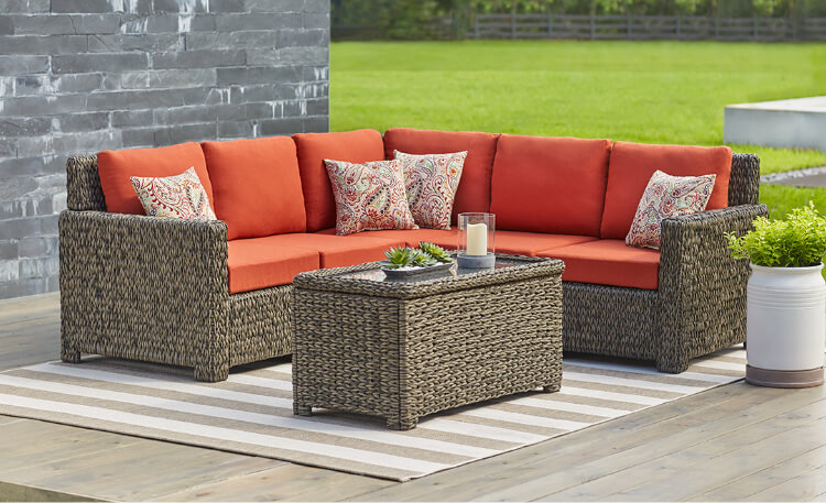 How to Choose Deck Furniture for Your Patio, Porch or Pool .