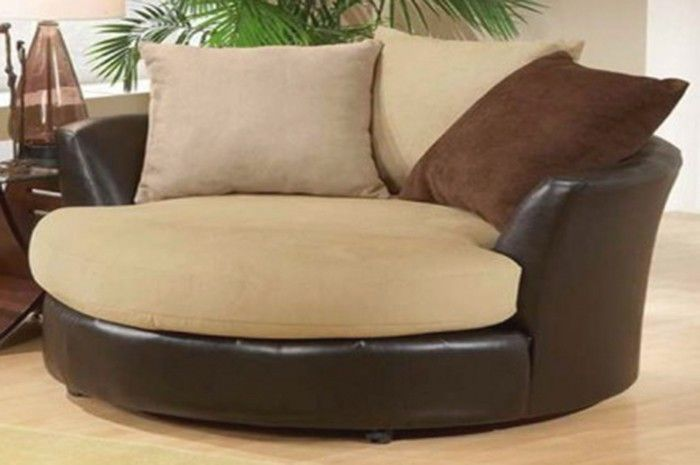 A Buyer's Guide to Round Living Room Chairs | Living room chairs .