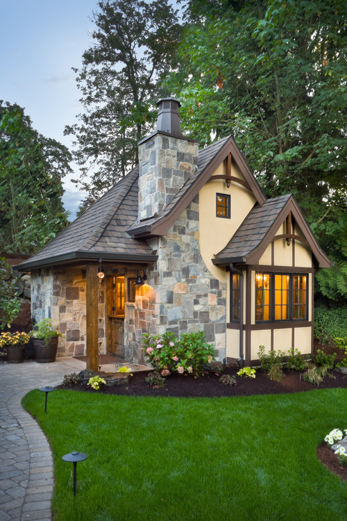 Small Home Designs (21st Century Homeowners Tren
