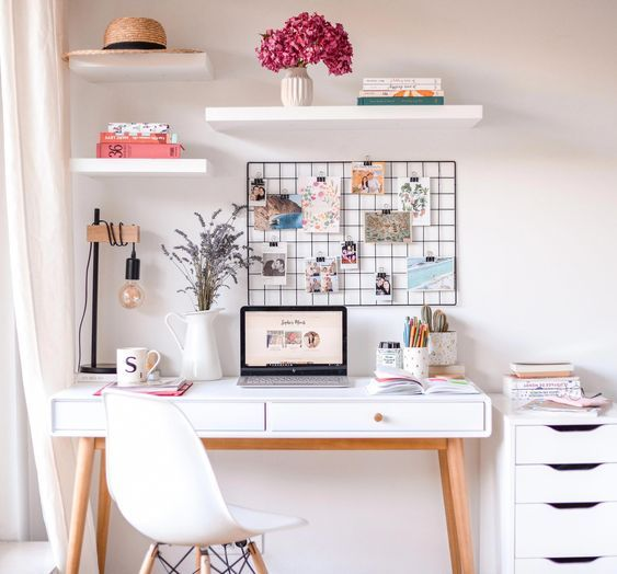 Study desk space | aesthetic work space | pretty study work spaces .
