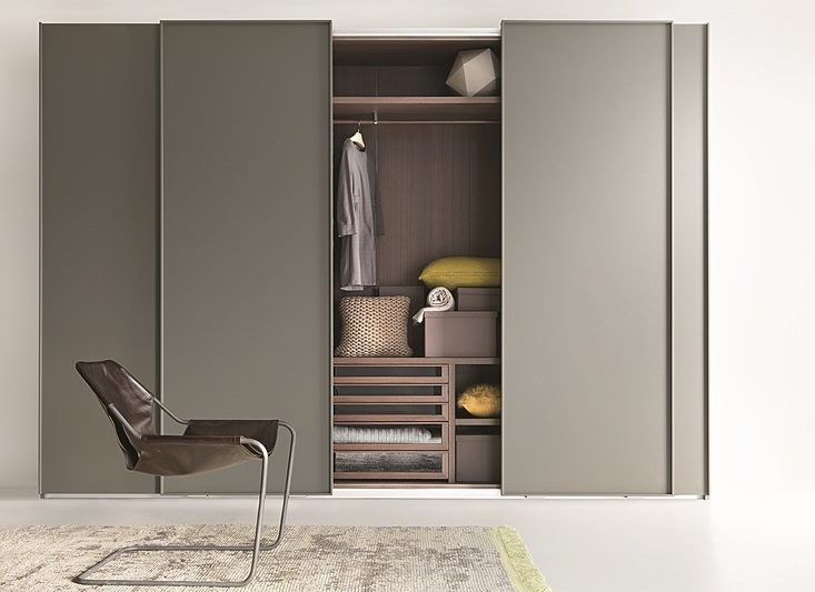 10 Best Closet Systems, According to Architects and Interior Designe