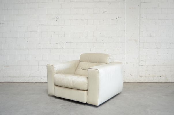 Vintage DS105 Ecru White Leather Chair from de Sede for sale at Pamo