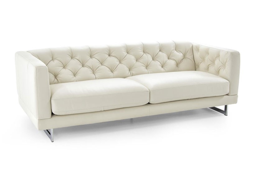 Leather Furniture to Liven up a Small Living Room   Baer's .