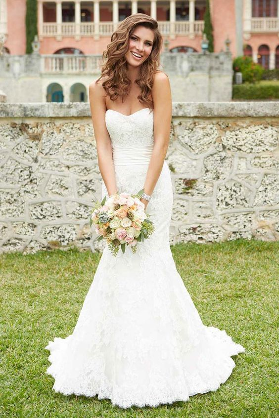 Which Wedding Dress Style Is Best For Your Shap