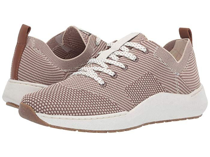 9 Comfortable Shoes to Wear on Walk to Work D