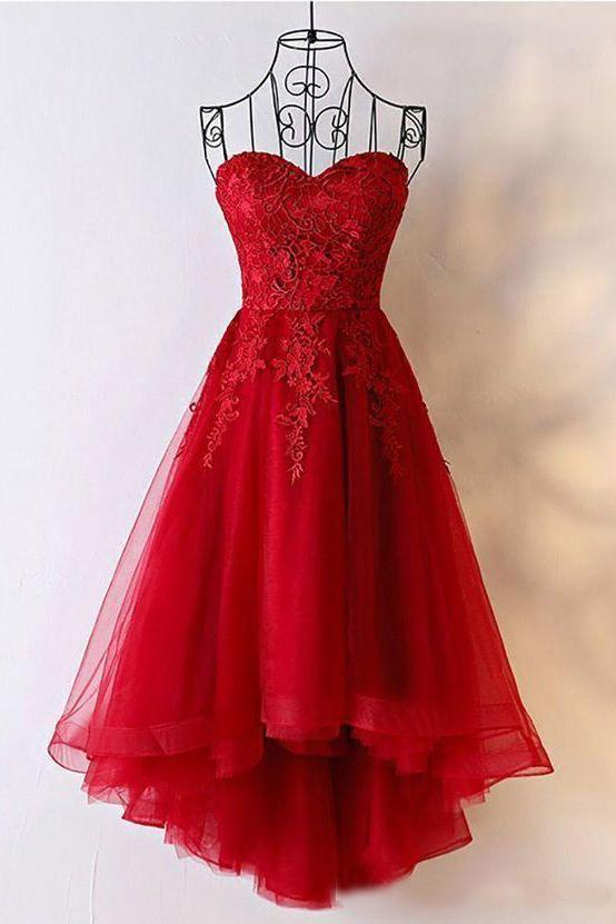 Cute Red Tulle Sweetheart Strapless Homecoming Dresses with Lace .