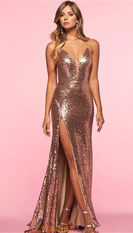 Designer Dresses and Gowns for Prom | Peaches Boutiq