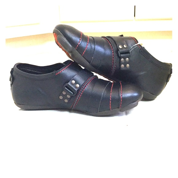 Fly London Shoes   Tightrope   Poshma