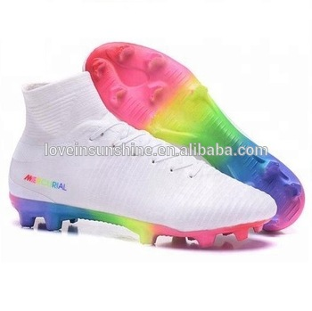 2018 And 2019 New Original Quality Football Shoes Competitive .