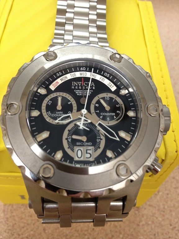 Montres Invicta Sunday Run in 2020   Modern watches, Durable .