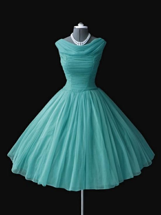 LP5511 Short Prom Dress 2018 Poofy Scoop Neck Homecoming Gown .