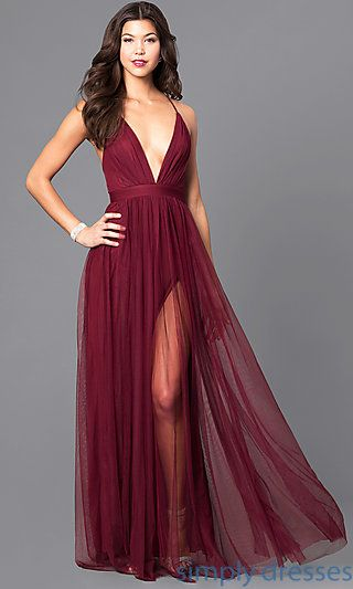 What's the trend of prom dresses this year?   Vestidos formais .