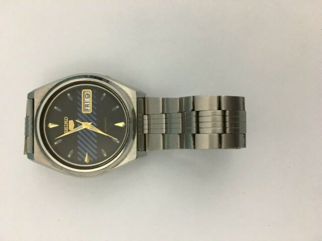 VINTAGE MEN'S SEIKO 5 7S26 DAY DATE 35MM AUTOMATIC 21 JEWELS JAPAN .