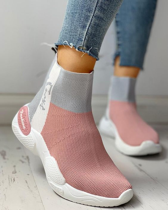 37 Trendy Shoes To Look Cool in 2020 | Trendy shoes, Trending .