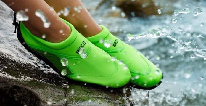 Top 10 Best Water Shoes of 2020 - Revie