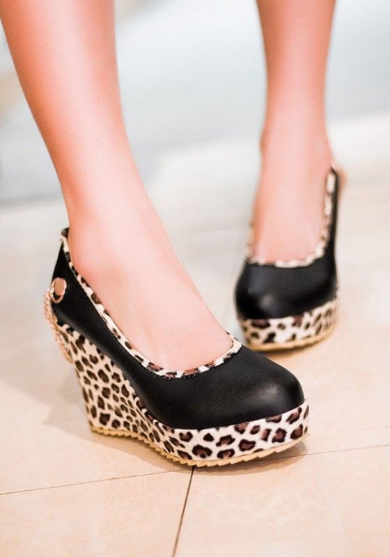 Black Round Toe Leopard Print Casual Wedges Shoes - Wedges - Sho